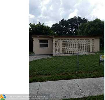 530 NW 29th Ter - Photo 1