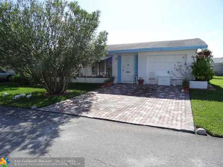 5713 NW 65th Ter - Photo 1