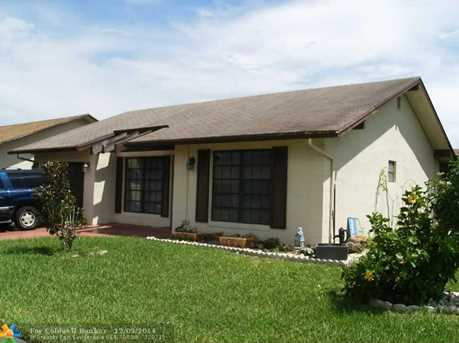 1586 SW 21st Ter - Photo 1