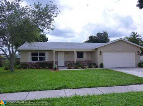 5340 NW 32nd St - Photo 1