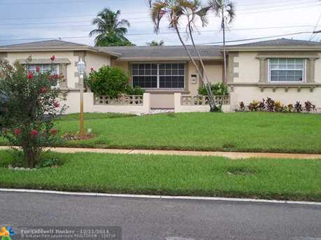 3311 NW 40th Ct - Photo 1