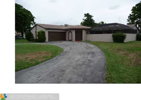 10571 NW 43rd Ct - Photo 1
