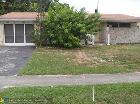 8961 NW 25th Ct - Photo 1