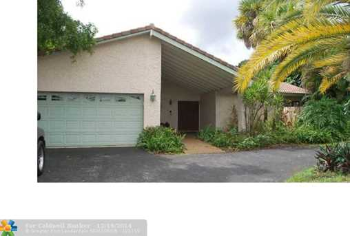 9090 NW 13th St - Photo 1