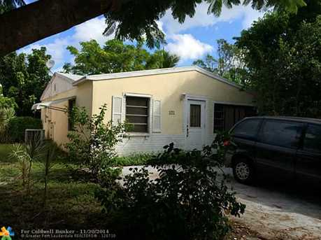 121 NW 53rd St - Photo 1