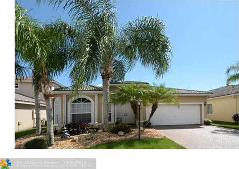 4737 NW 120th Dr - Photo 1