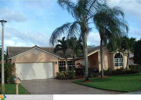 11824 NW 2nd Ct - Photo 1
