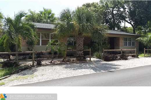 1045 NW 2nd Ave - Photo 1