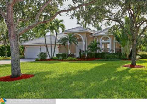 10306 NW 62nd Dr - Photo 1