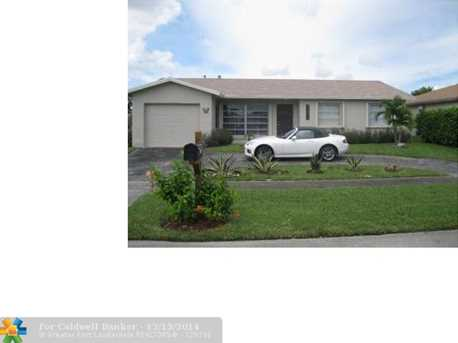 11441 NW 35th Pl - Photo 1