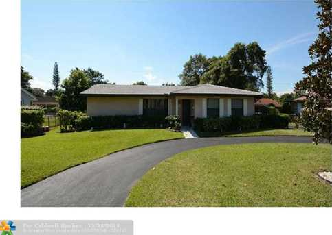 8400 NW 35th Ct - Photo 1