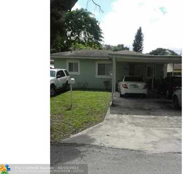 2760 NW 170th St - Photo 1