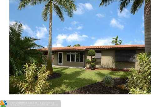 633 NW 28th Ct - Photo 1