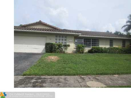 7481 NW 7th Ct - Photo 1