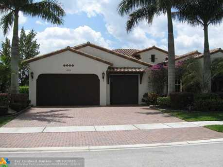12250 NW 71st St - Photo 1