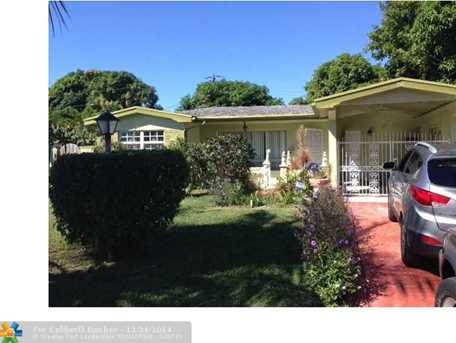 3511 NW 33rd Ter - Photo 1