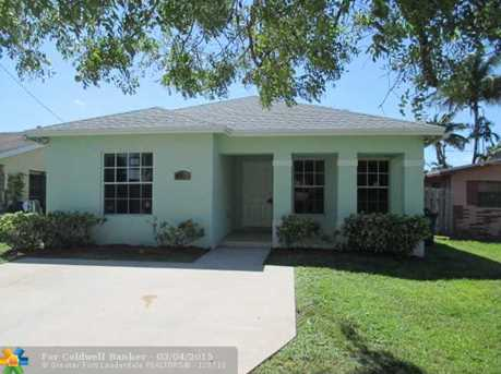 713 NW 6th St - Photo 1