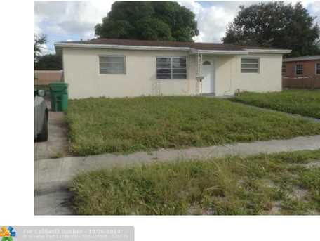 3461 NW 209th Ter - Photo 1
