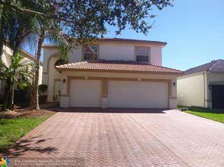 7840 NW 61st Ter - Photo 1