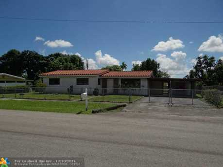 1118 NW 18th St - Photo 1