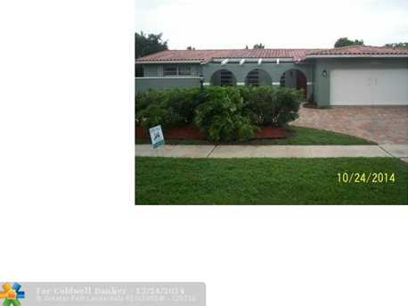 3960 N 39th Ave - Photo 1