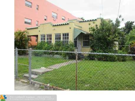 1460 SW 5th St - Photo 1