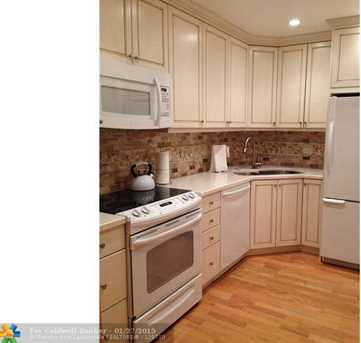 200 NE 19th Ct, Unit # 207M - Photo 1