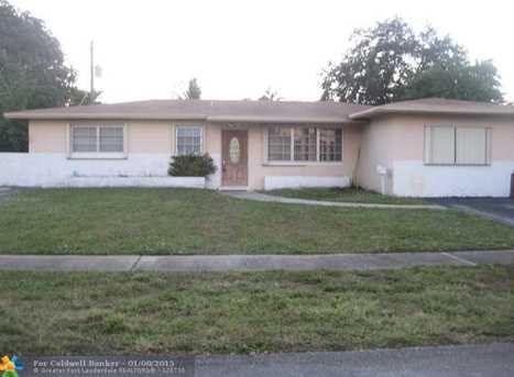 720 SW 71st Ter - Photo 1