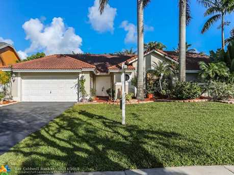5722 SW 88th Ter - Photo 1