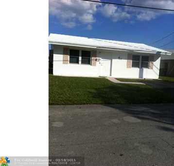 4804 NW 27th Ter - Photo 1