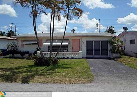 6810 Nw 27Th Ct - Photo 1