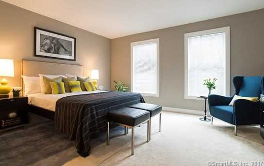 71 Mayfair Square #13 - Photo 5