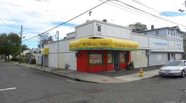 670 Noble Avenue - Photo 4