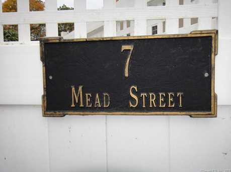 7 Mead Street #B - Photo 4