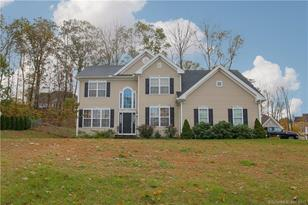 5 Forest Hollow Road - Photo 1