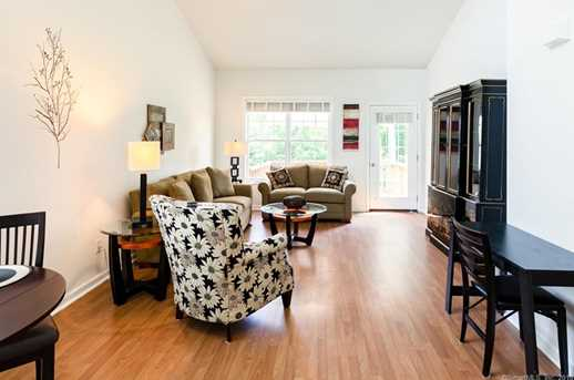 202 Sycamore Dr #327 - Photo 3
