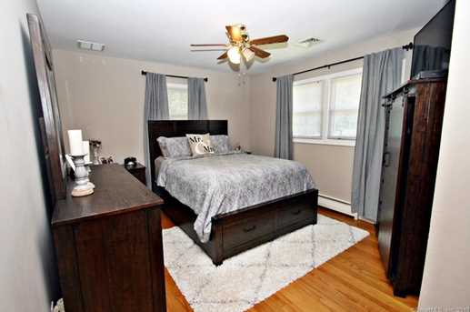 355 Rockland Ave - Photo 13