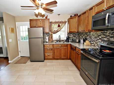 355 Rockland Ave - Photo 9