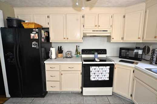 1452 Forbes St - Photo 3