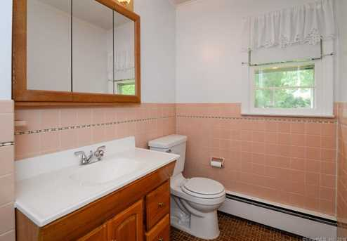 578 Old Stamford Rd - Photo 9