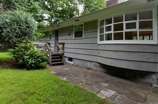 584 Old Stamford Rd - Photo 13