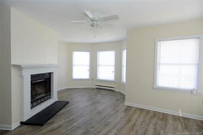 42 Tilley St 6 New London Ct 06320 Mls 170159250 Coldwell