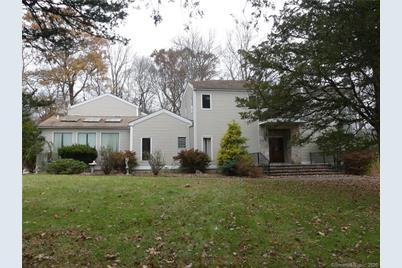 106B Comstock Hill Avenue - Photo 1