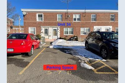 34 Court C, Building 74 #34 - Photo 1