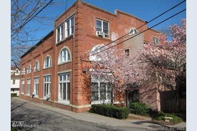 32 Pine Street #11 - Photo 1