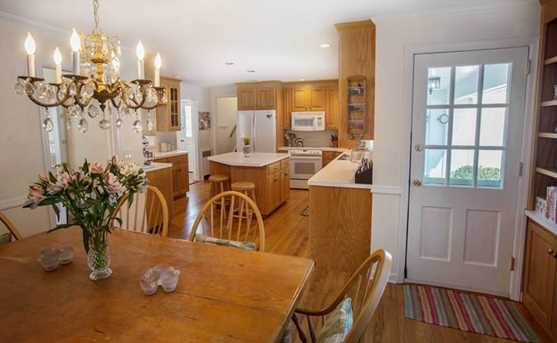 156 Colonial Road - Photo 3