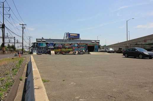 1625 Railroad Avenue - Photo 5