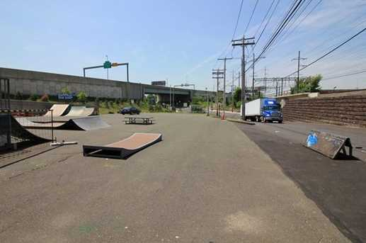 1625 Railroad Avenue - Photo 9