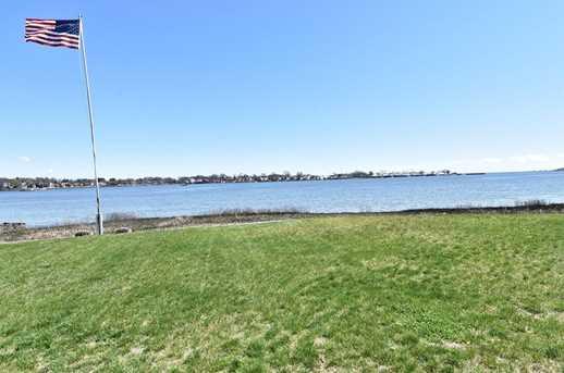 70 Shorefront Park - Photo 25