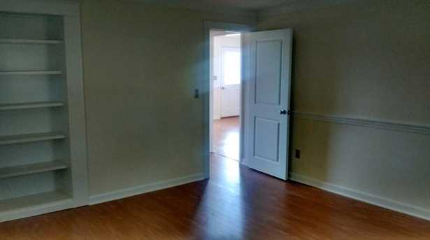 49 Whitehall Avenue - Photo 9